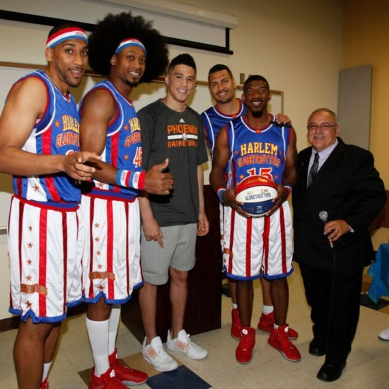 52 – Devin Book & Jerry Castro with Harlem Globetrotters 8050